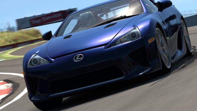 Bathurst revealed in new Gran Turismo 6 trailer