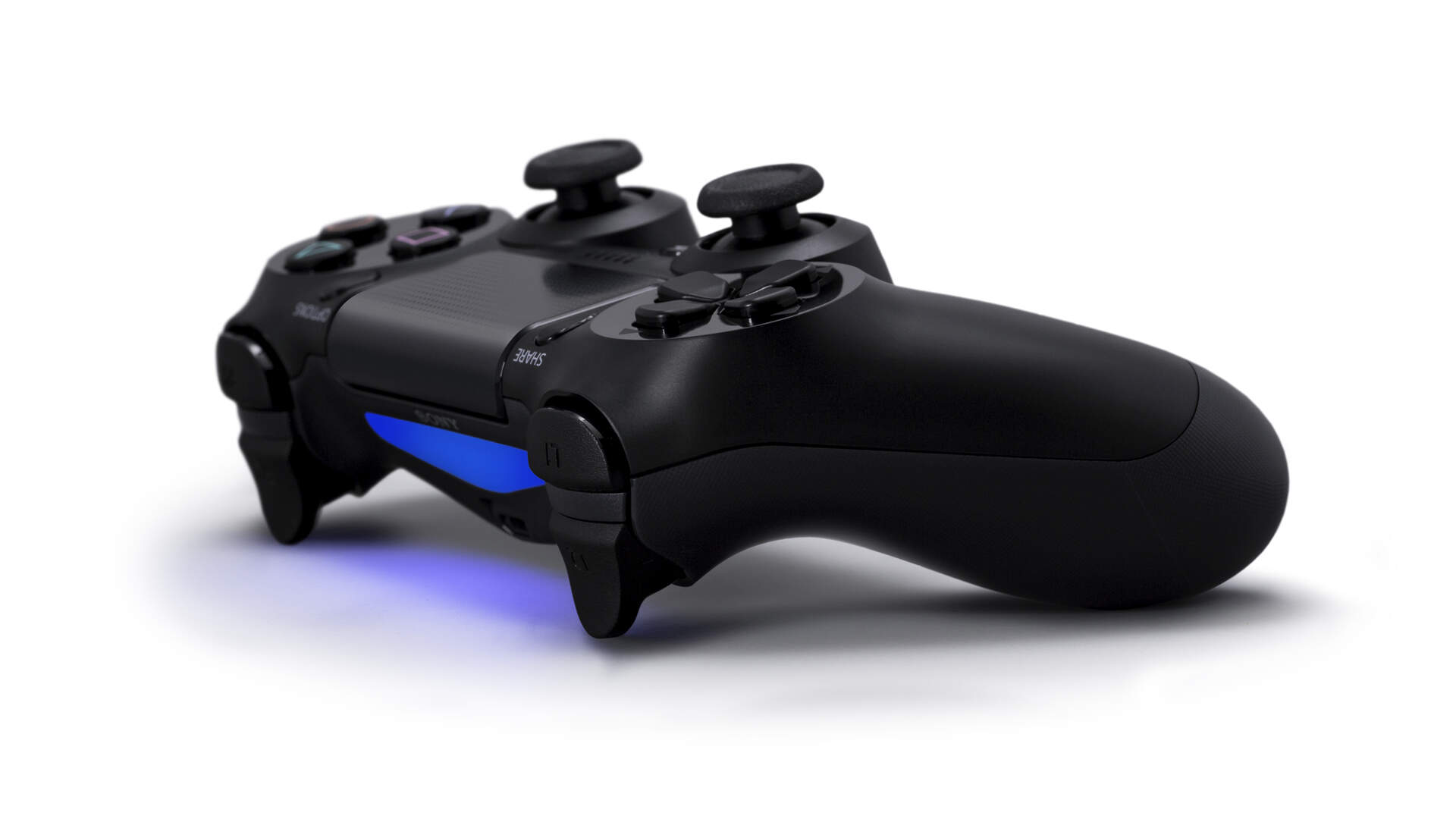 Patent Filing Suggests the PS5 Controller May Have Back Paddles