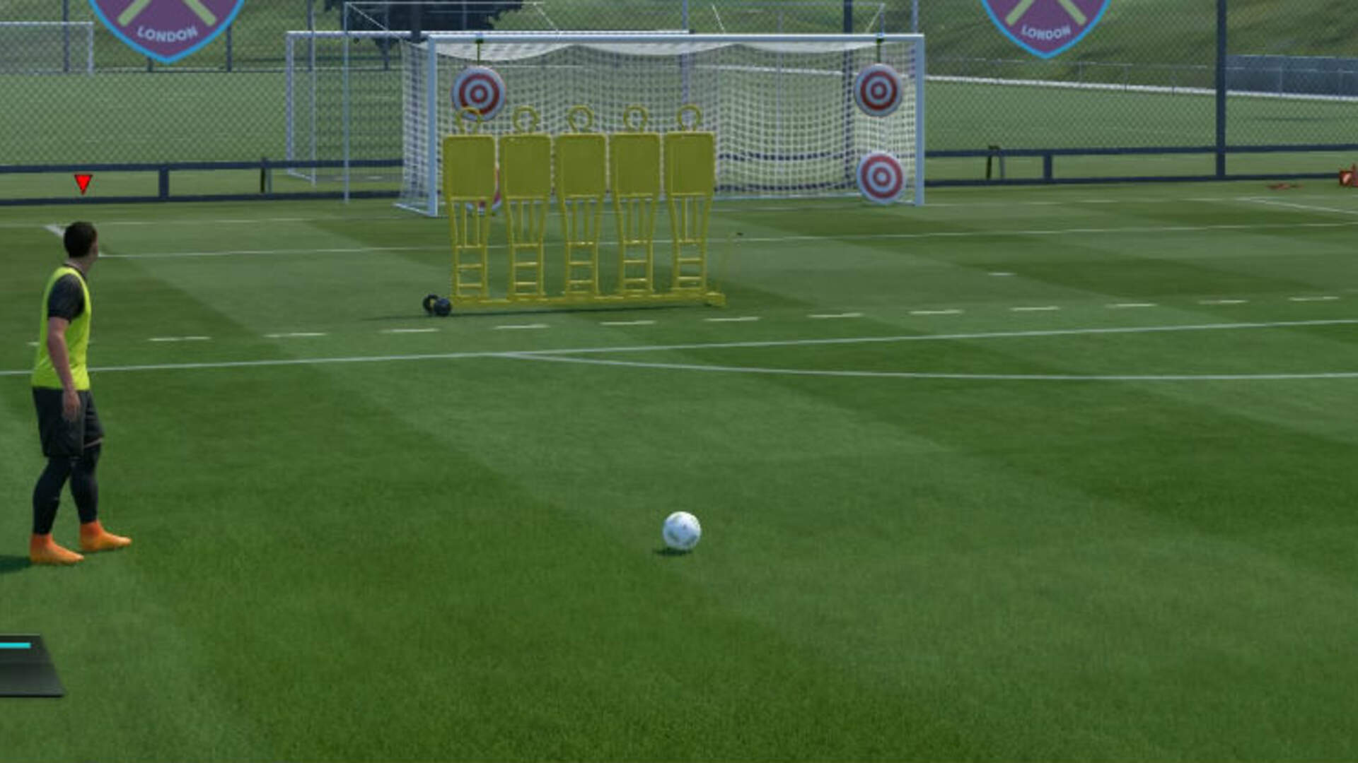 FIFA 17: How to Score on a Free Kick