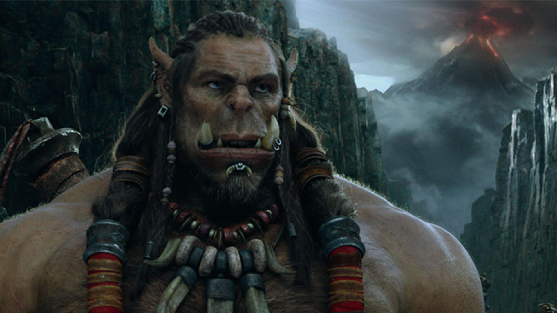 "Warcraft Director Calls Making of the Troubled Film ""A [Studio] Political Minefield"""