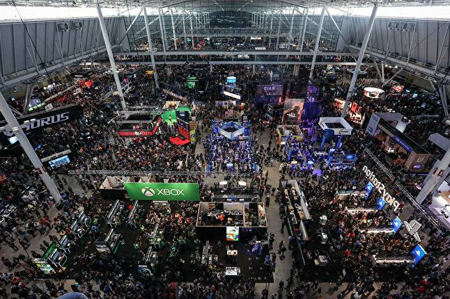 EGX (top) and PAX (above)