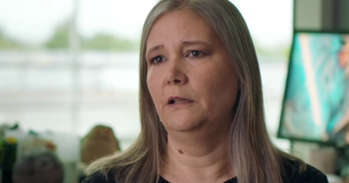 "Uncharted creator Amy Hennig has departed EA, and her Star Wars game is ""on the shelf"""