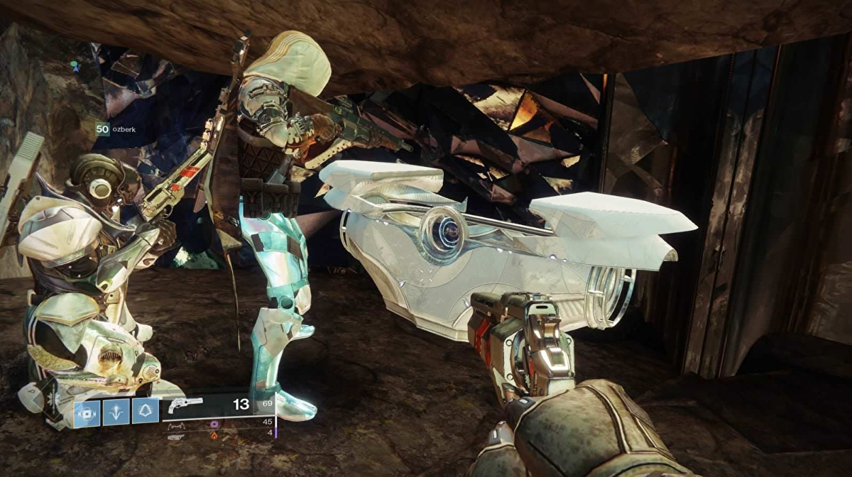 Destiny 2 players expose unprecedented glitch and now the Forsaken