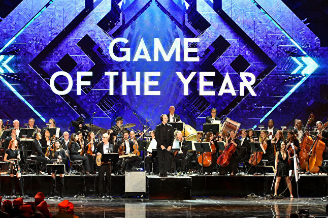 Musical acts, celebrity guests, game trailers, and other entertaining appearances punctuate the awards presentations and are a necessity for keeping a large audience there for the entire program