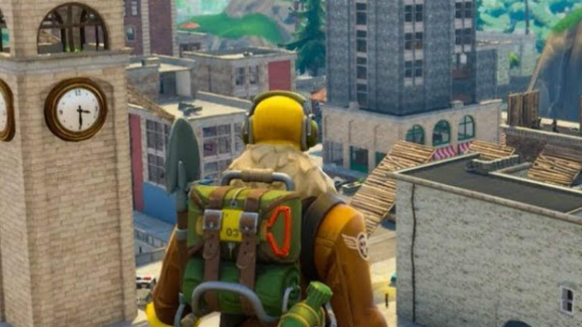 Fortnite Battle Royale Players Destroy Tilted Towers to Mourn Tilted Towers