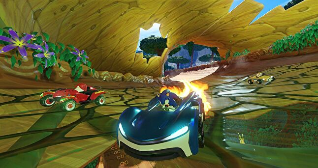 In Sonic Team Racing, former eco-warrior Sonic the Hedgehog trades his values for a lavish sports car