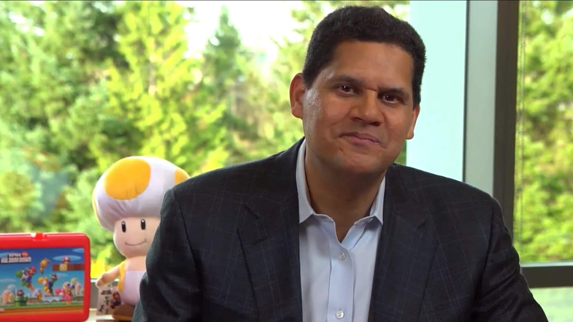 Reggie Fils-Aimé Given Lifetime Achievement Award by Video Game Hall of Fame