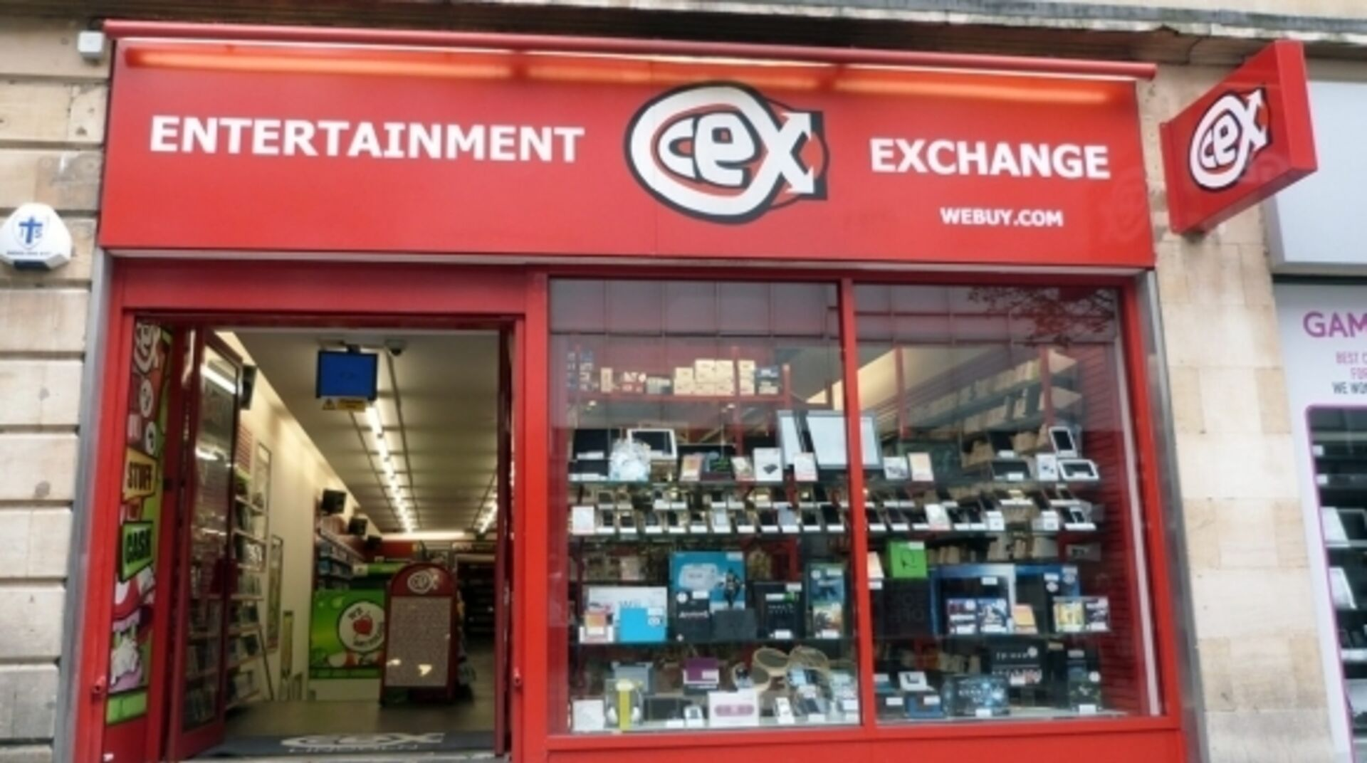 Cex Staff React In Dismay As Stores Set To Re Open For Browsing Eurogamer Net