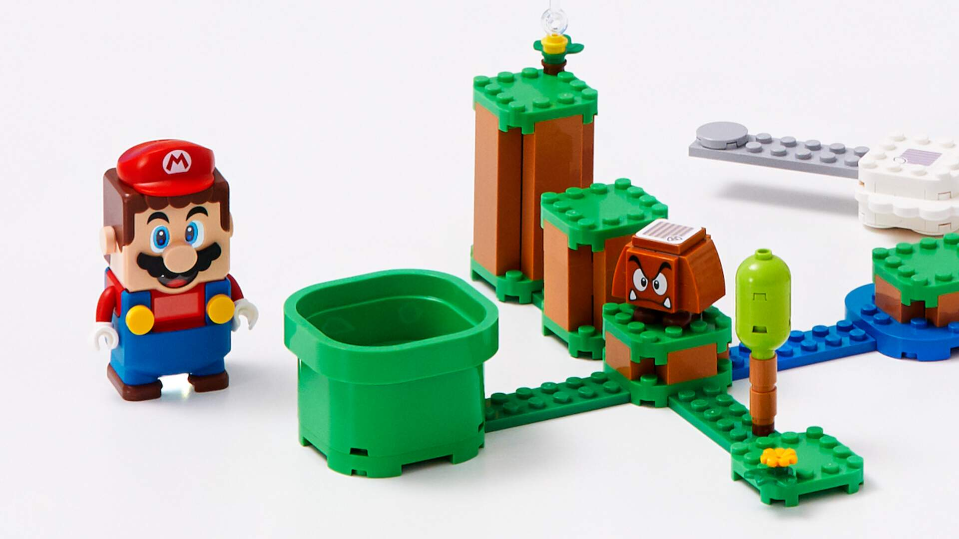 The Lego Mario Starter Set Will Cost the Same as a Full Price Mario Game